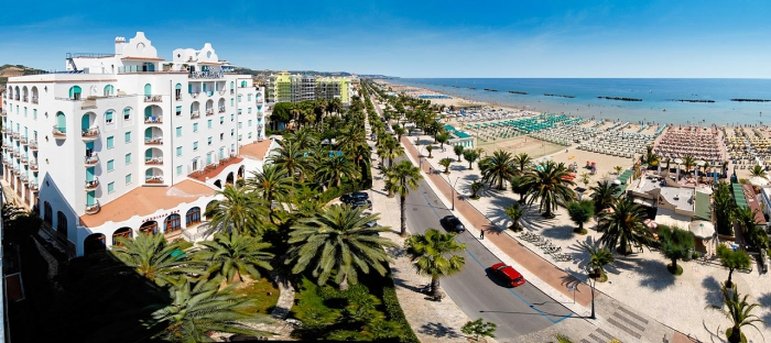 WEEKEND  AL MARE in BED and BREAKFAST maggio 2021