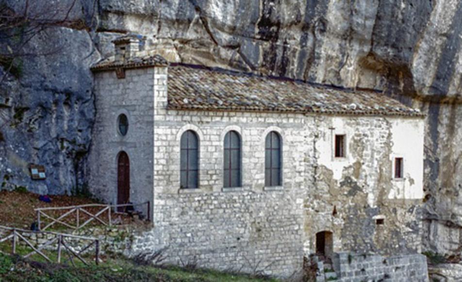 Eremi: Sant'Onofrio a Serramonacesca